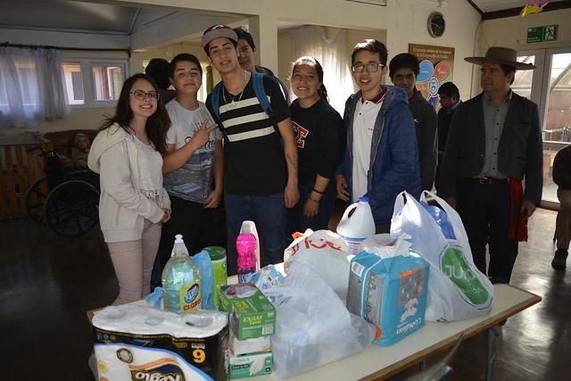 1ºA realizó actividad solidaria junto a apoderados y tutora