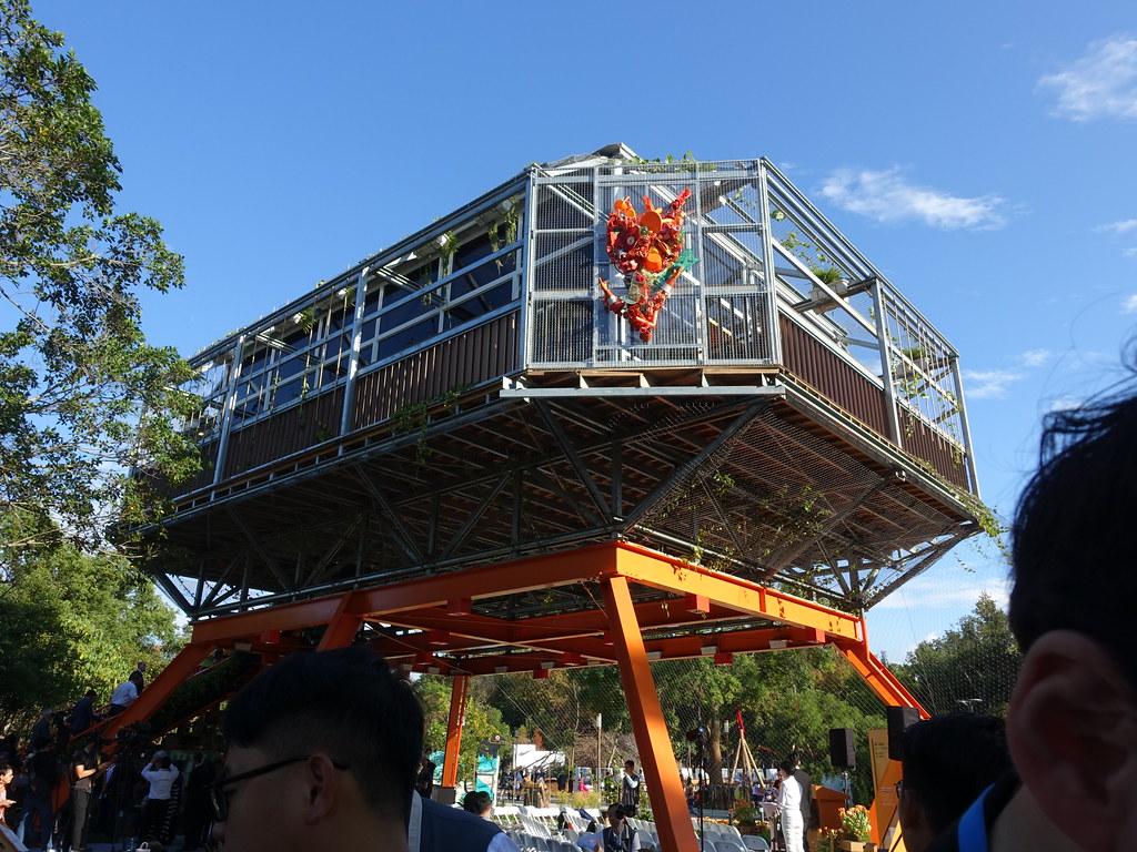 全台第一棟循環建築在台中花博荷蘭館亮相。賴品瑀攝。