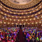 Luces de colores en TEDxRíodelaPlata 2018 - Foto de Alejandro Chaskielberg