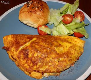 Veggie, Ham & Cheese Omelette
