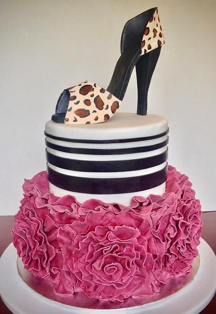Cake by Shannon Ross - Cake Designer
