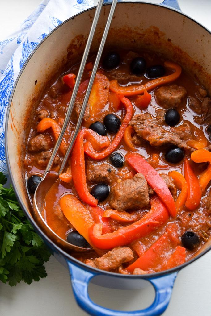 Beef, Tomato & Pepper Casserole