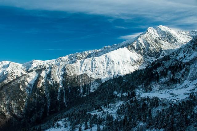 Guzet (Ariège), Pentax K200D, Tamron XR DiII 18-200mm F3.5-6.3 (A14)