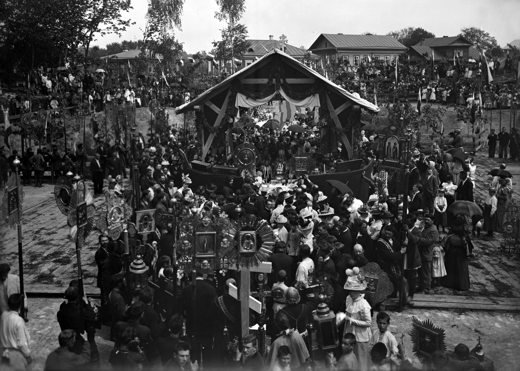 Закладка Спасской цeркви в Нижнeм Новгородe 1899
