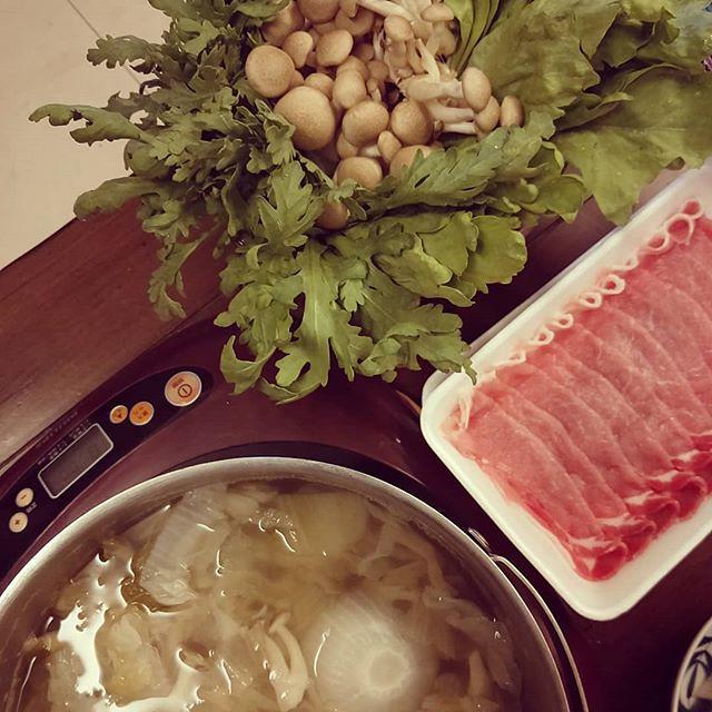 20181126 今晚酸菜白肉鍋 #葛蘿的餐桌