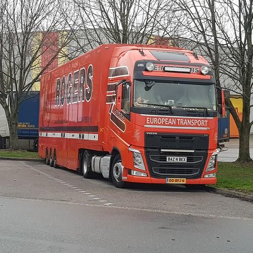 Joost truck stop meer