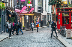 RANDOM IMAGES OF TEMPLE BAR IN DUBLIN [THE LEAD UP TO CHRISTMAS 2018]-146027