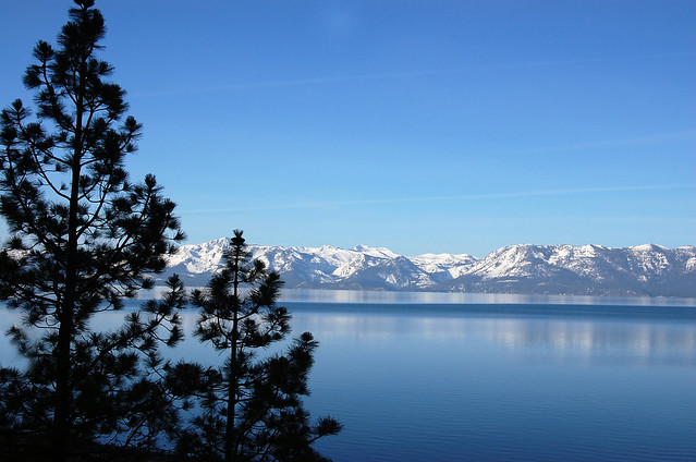 Lake Tahoe peaceful morning, Nikon D40, AF-S DX Zoom-Nikkor 18-55mm f/3.5-5.6G ED II
