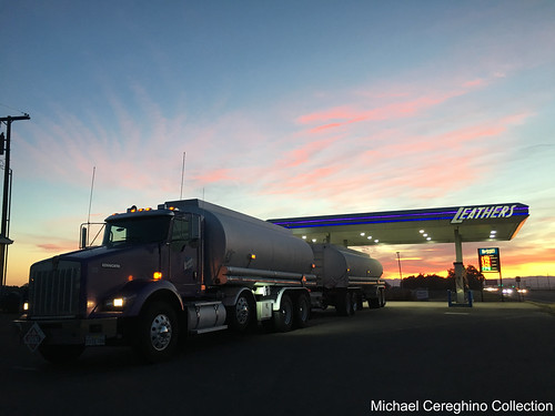 leathers oil fuel fuels enterprises kenworth t800 kw t 800 tanker gas truck trucking hauler
