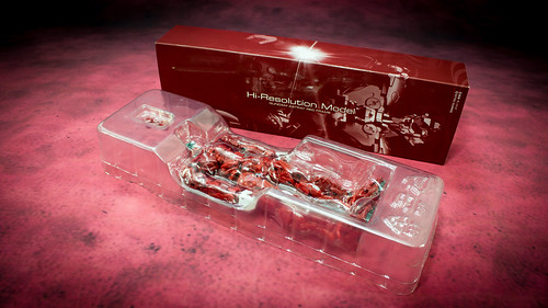 HiRM_Astray_Red_Frame_05