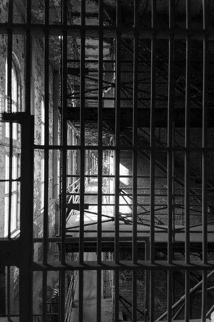 prison ix b+w