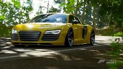 Audi R8 liberty Walk  / FH4