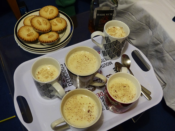 eggnog and mince pies