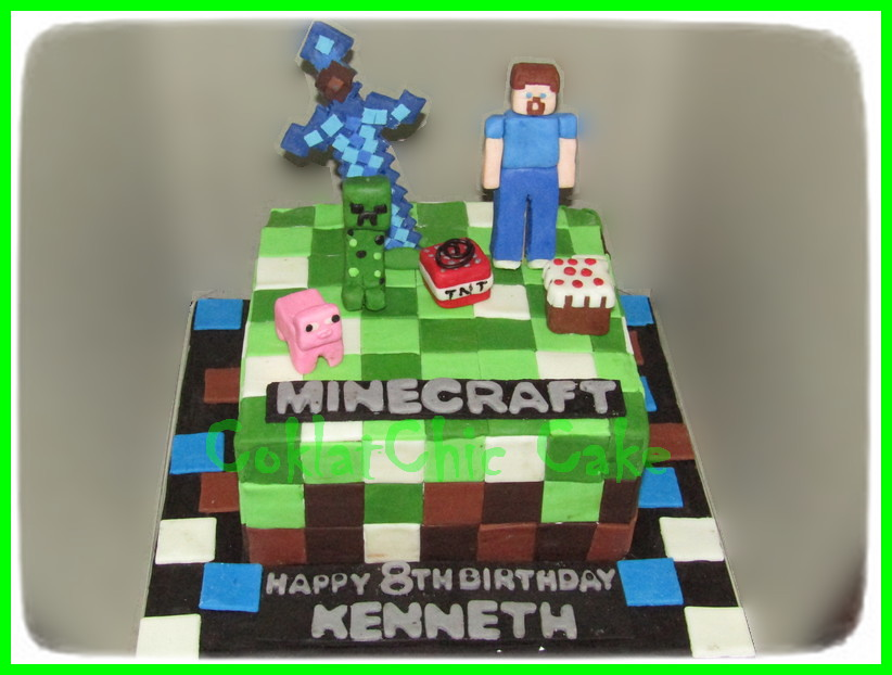 Cake Minecraft KENNETH 15 cm
