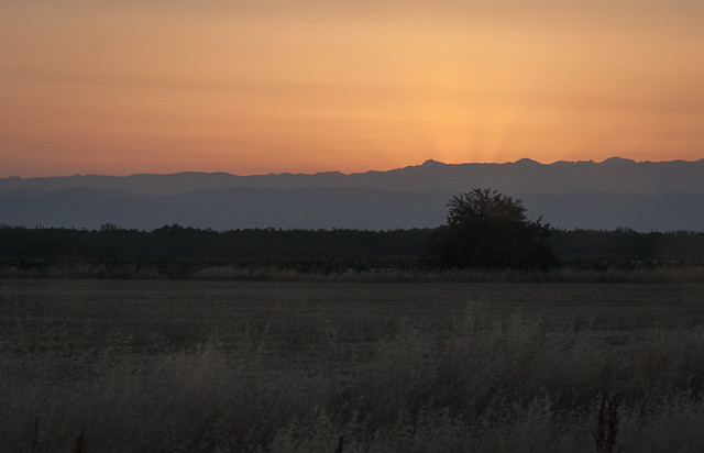 Sunrise Layers, Canon EOS REBEL T1I, Canon EF 24-70mm f/4L IS USM