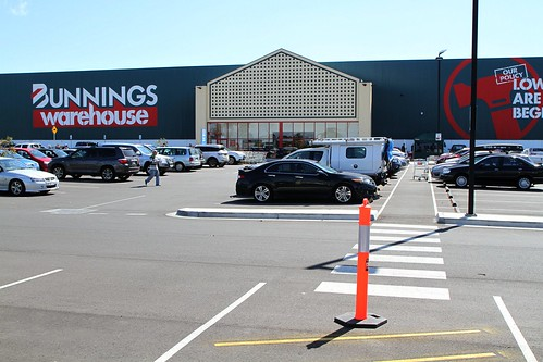 Pedestrian access to the new Bunnings Warehouse store in Sunshine