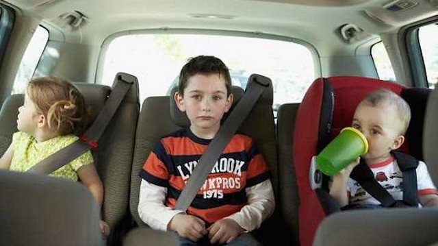 1285 Your children are your blood, not the AIRBAGS of your car 02