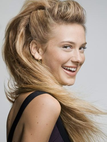 2019 LONG HAIRSTYLES WHICH IS MODERN AND VERY EASY TO ACHIEVE! 3