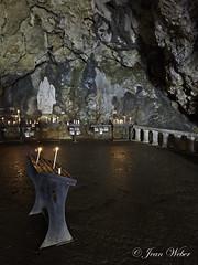 la Sainte Baume (le sanctuaire la grotte de Marie Madeleine) dans le Var-10-cliche Jean Weber