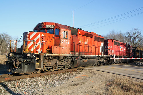CP 5922 crosses County P with a diverging approach into the Portage siding