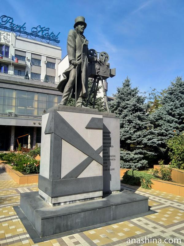 Памятник Ханжонкову Александру Алексеевичу, Ростов-на-Дону
