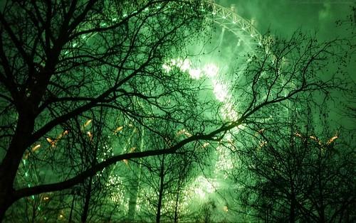 #2019 London NYE - Green world