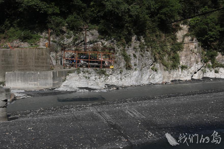 985-2-4孫海橋因為72水災損毀,不再復建,一般民眾已經無法進入丹大山區。頭