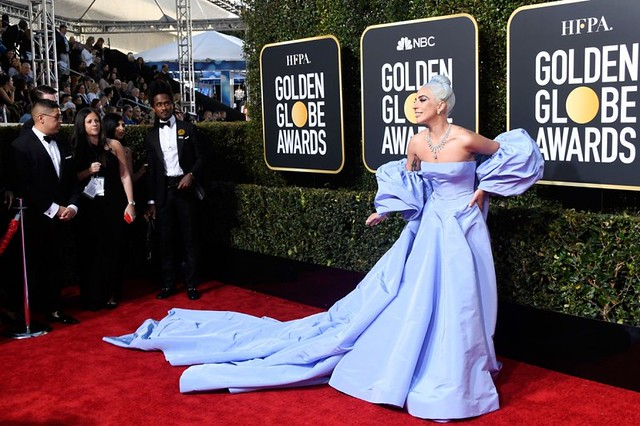 неудачные платья звезд