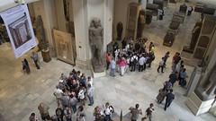 Tourists at the Egyptian Museum of Cairo سائحين فى المتحف المصرى بالقاهرة