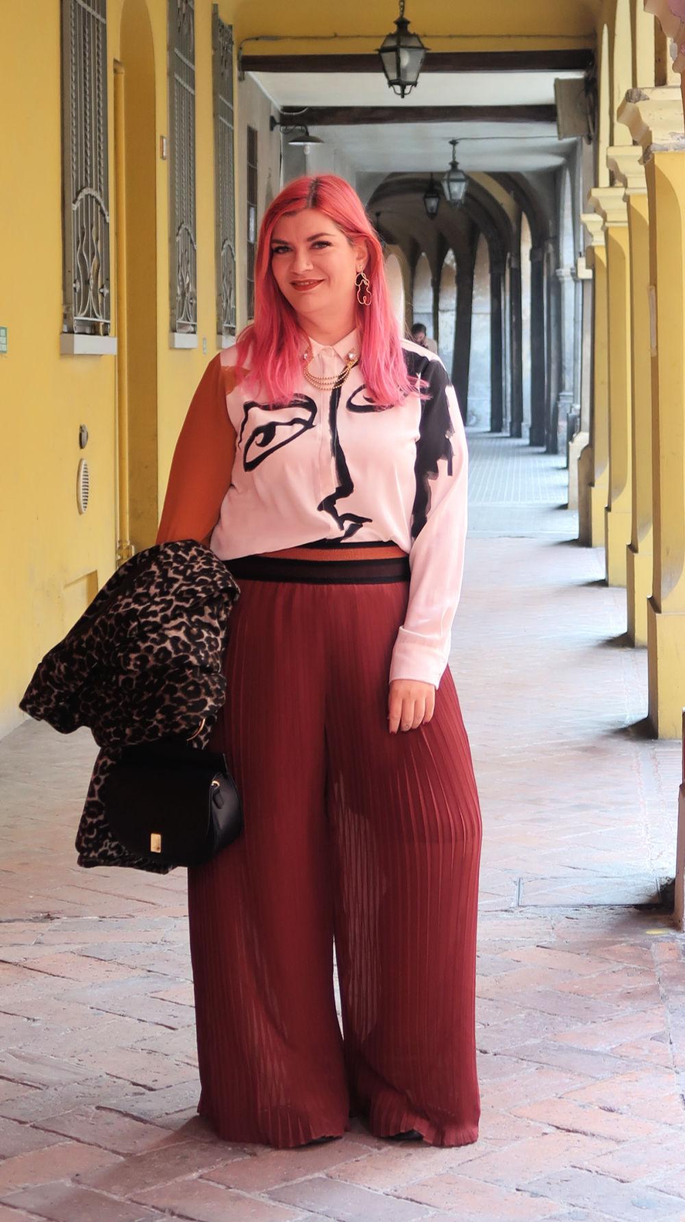 outfit plus size, curvy, panta palazzo e cappotto leopardato (2)