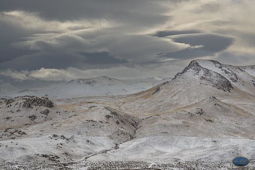 clouds winter cloudy ominous landscapes idahoowyhees winter2018 seasonal mountains snow cold frost artofimages cloudsstormssunsetssunrises nikond810 nikonprime nikor85mmf18 viewpoint vantagepoint view perspective overcast rocky terrain shadowsandmoods thebestshots boiseparksandrec flickrphotos winterlandscapepics forecast weather storm firstwinter