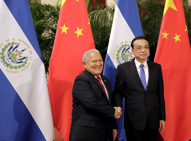 Reunión con Primer Ministro de la República Popular de China, Li Keqiang