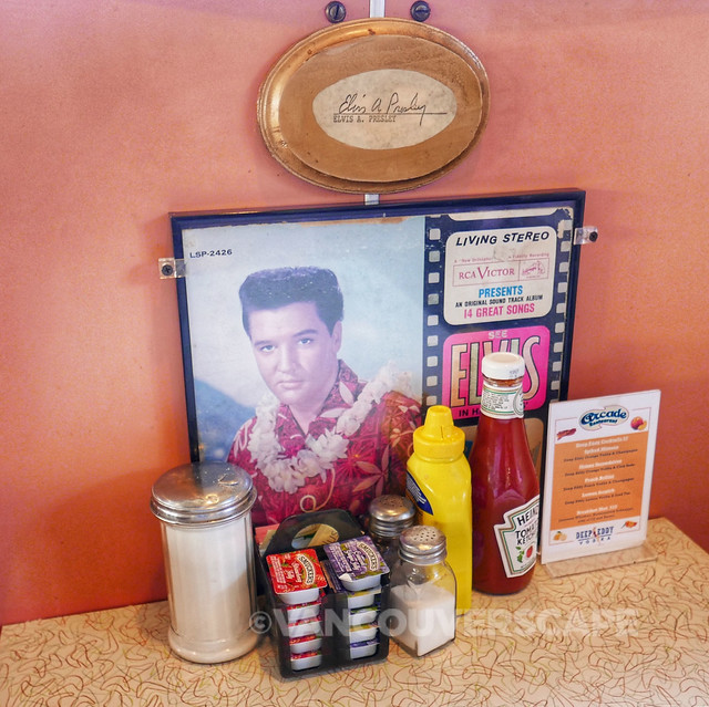 Elvis table at Arcade Diner