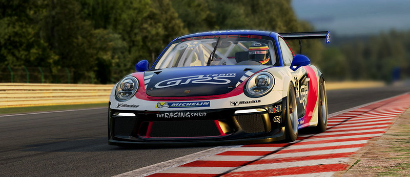 iRacing Porsche Screen by Jean-Christophe Bouchat