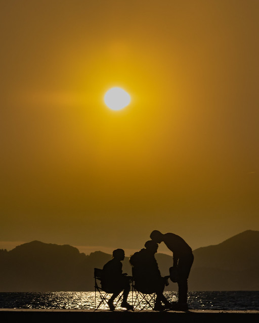 Friendship at Sunset, Canon EOS 80D, Canon EF-S 17-85mm f/4-5.6 IS USM