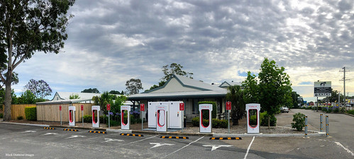 Tesla Supercharger Station, Motto Farm Motel, Heatherbrae, NSW