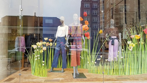 Mannequins thinking of spring