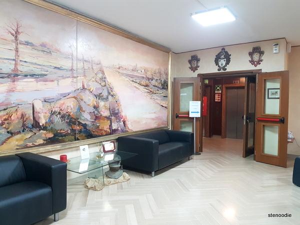 Hotel La Pace lobby