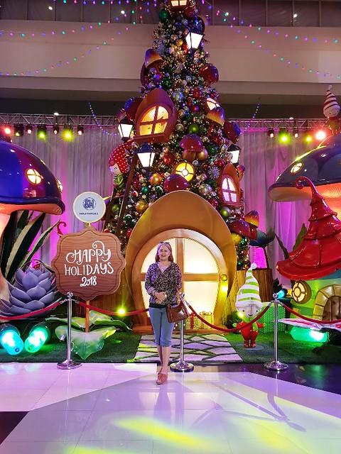 Enchanted Christmas Woodland at SM Southmall