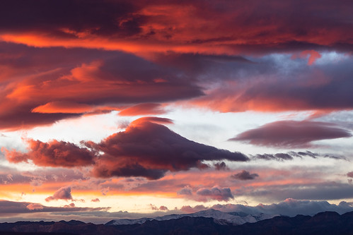 nevadasunrise nevada sunrise sunrisecolor wintersunrise springmountains clouds photography jamesmarvinphelps jamesmarvinphelpsphotography