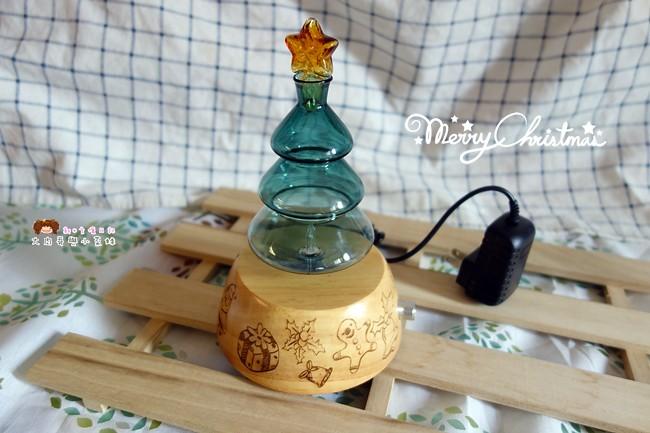 《居家》OrganicAromas 擴香儀~將精油的香味散發空氣,獨家設計聖誕樹玻璃霧化器,居家擺設裝飾,最棒的交換禮物