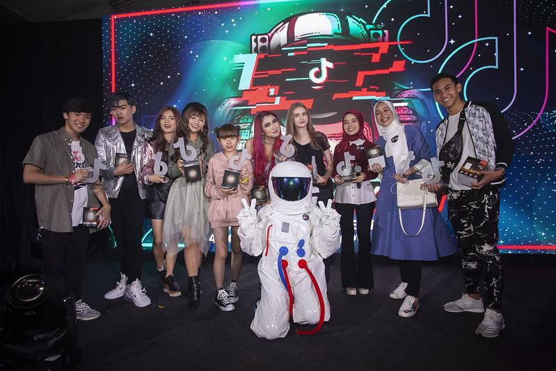 P2 - Malaysia_S Top Creators Receiving Tiktok Malaysia Annual Awards