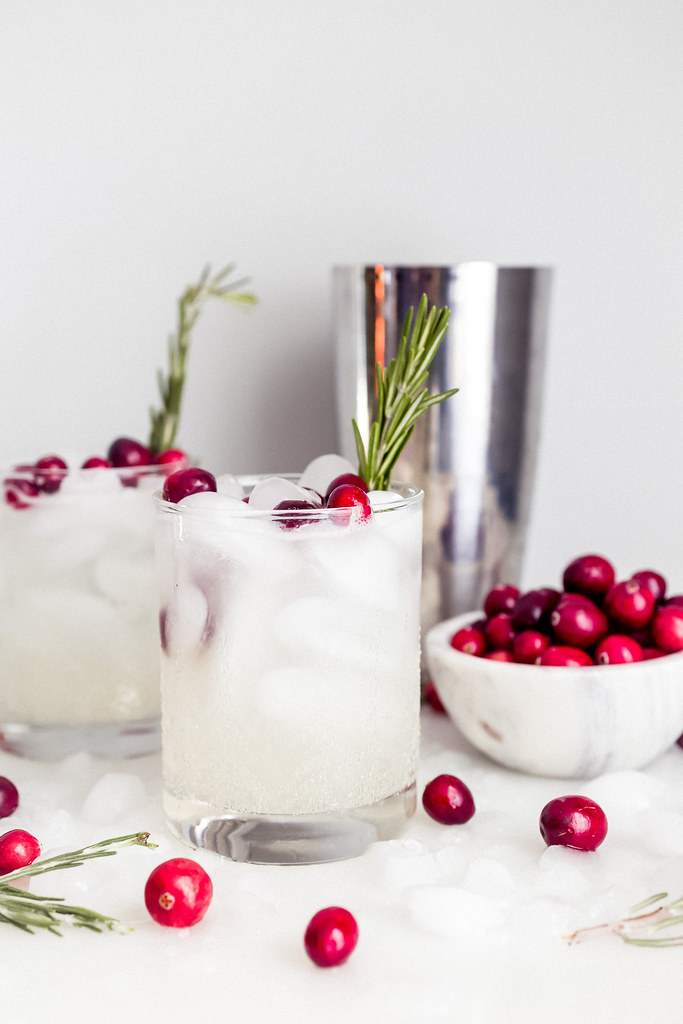 The Mistletoe Kiss Holiday Drink