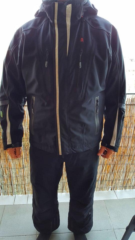 c7ee918bac6 Prodám pánskou lyžařskou bundu