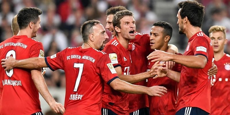 Hitzfeld: Bayern masih akan menjadi juara