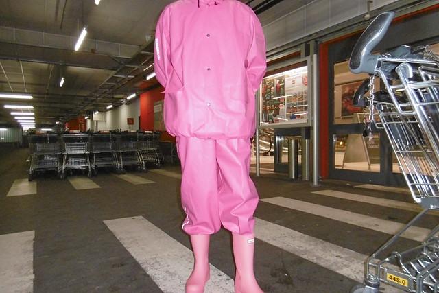 pink Abeko rainwear and, Panasonic DMC-SZ10