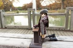 Hanako and Fountain Bench 4