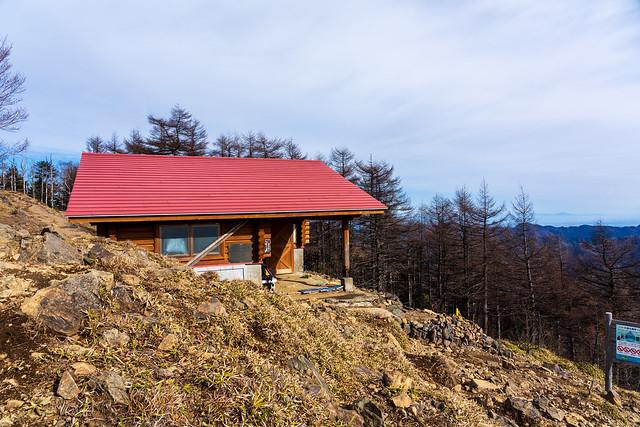 山頂避難小屋
