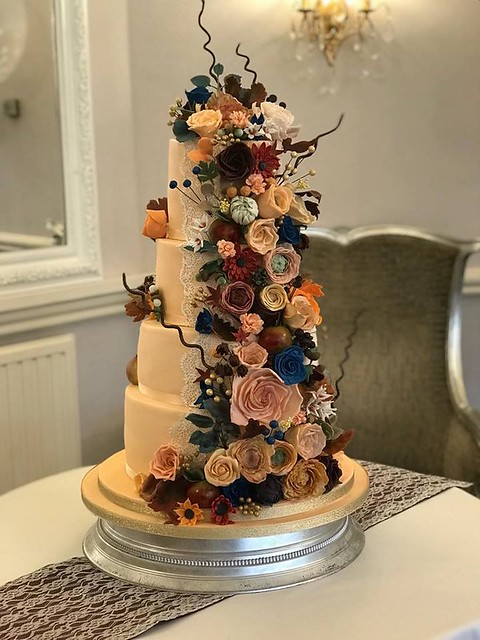 Cake by Abigail Lamb of Bella Dolci