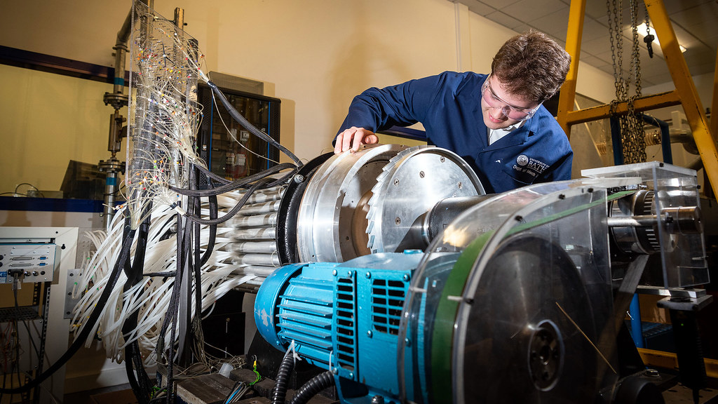 Our single-stage gas turbine test facility investigates hot gas ingestion in wheelspace cavities.